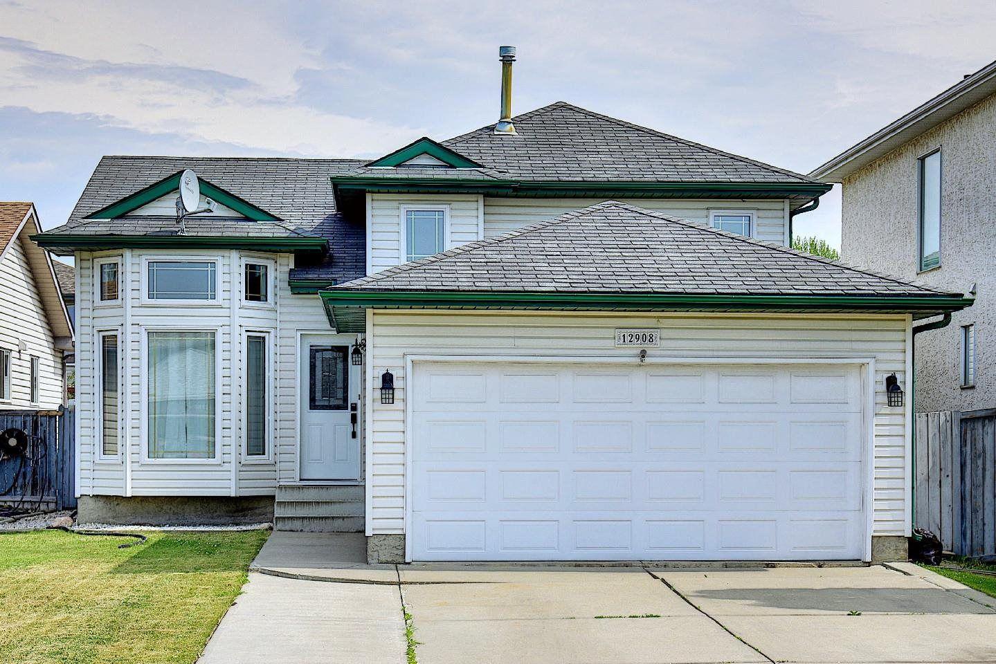 Main Photo: 12908 143 Avenue in Edmonton: Zone 27 House for sale : MLS®# E4252797