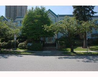 """Photo 1: 101 5695 CHAFFEY Avenue in Burnaby: Central Park BS Condo for sale in """"DURHAM PLACE"""" (Burnaby South)  : MLS®# V785287"""