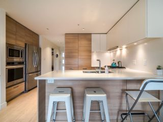 "Photo 10: 311 3456 COMMERCIAL Street in Vancouver: Victoria VE Condo for sale in ""Mercer"" (Vancouver East)  : MLS®# R2558325"