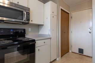 Photo 10: 910 Hemlock St in : CR Campbell River Central House for sale (Campbell River)  : MLS®# 869360