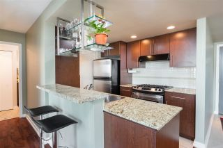 """Photo 7: 1101 583 BEACH Crescent in Vancouver: Yaletown Condo for sale in """"TWO PARK WEST"""" (Vancouver West)  : MLS®# R2578199"""