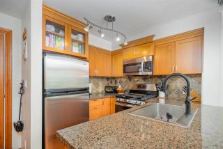 """Photo 22: 402 10 RENAISSANCE Square in New Westminster: Quay Condo for sale in """"MURANO LOFTS"""" : MLS®# R2591537"""