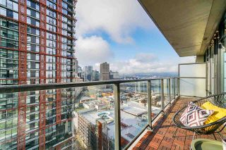 "Photo 21: 2008 108 W CORDOVA Street in Vancouver: Downtown VW Condo for sale in ""WOODWARDS"" (Vancouver West)  : MLS®# R2537299"