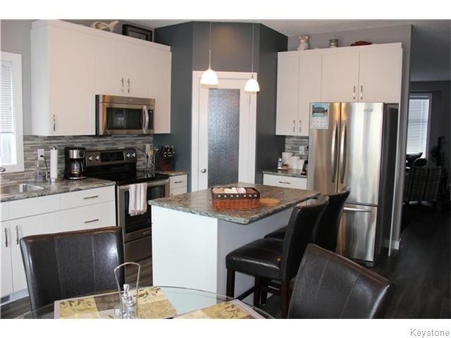 Photo 4: Photos: 158 Audette Drive in Winnipeg: Canterbury Park Residential for sale (3M)  : MLS®# 1618737