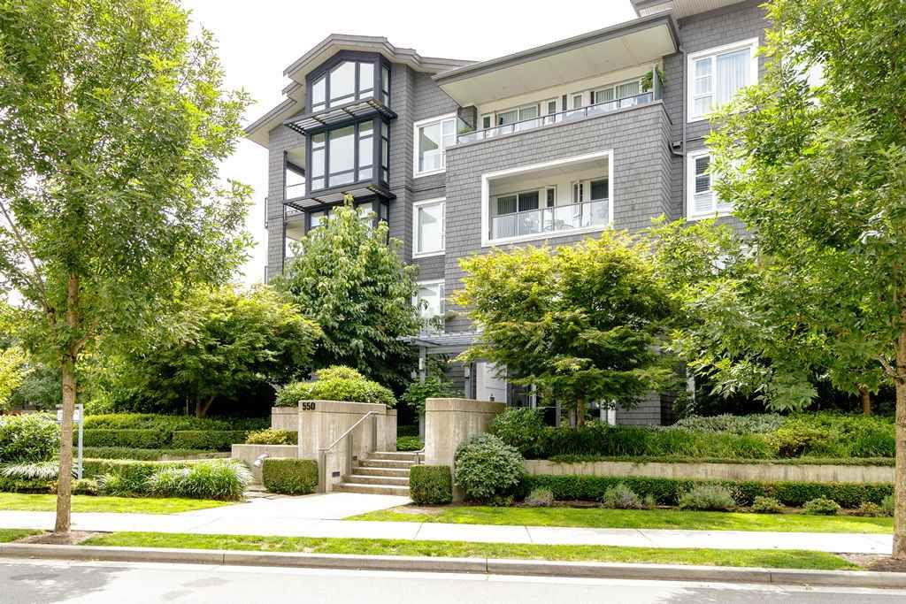 """Main Photo: 203 550 SEABORNE Place in Port Coquitlam: Riverwood Condo for sale in """"FREMONT GREEN"""" : MLS®# R2479309"""