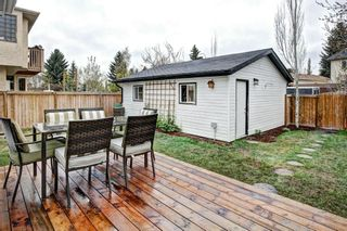 Photo 3: 959 MCKENZIE Drive SE in Calgary: McKenzie Lake House for sale : MLS®# C4183479