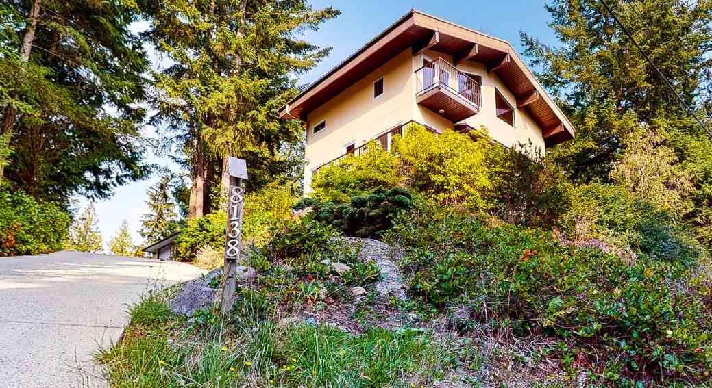 Main Photo: 8138 8140 FRANCES Road in Halfmoon Bay: Halfmn Bay Secret Cv Redroofs House for sale (Sunshine Coast)  : MLS®# R2505066