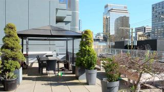 "Photo 19: 1405 1060 ALBERNI Street in Vancouver: West End VW Condo for sale in ""The Carlyle"" (Vancouver West)  : MLS®# R2563377"