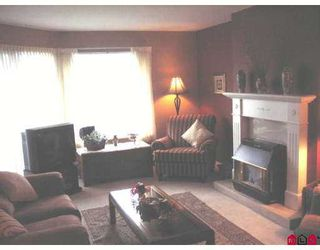 "Photo 3: 16 1450 MCCALLUM Road in Abbotsford: Poplar Townhouse for sale in ""CROWN POINT VILLAS"" : MLS®# F2724034"