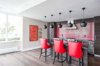 """Photo 16: 1607 488 SW MARINE Drive in Vancouver: Marpole Condo for sale in """"MARINE GATEWAY"""" (Vancouver West)  : MLS®# R2178755"""