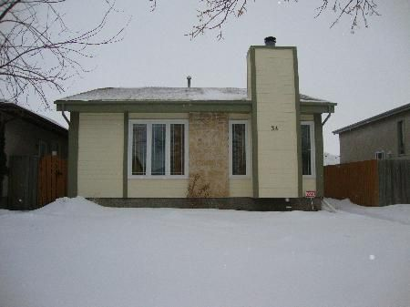 Main Photo: 34 ALSIP Drive in Winnipeg: Residential for sale (Canada)  : MLS®# 1202944