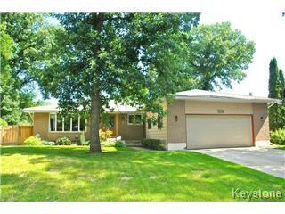 Main Photo: 63 Musgrove Street in Winnipeg: Charleswood Single Family Detached for sale (West Winnipeg)  : MLS®# 1416402