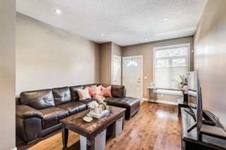 Photo 3: 4512 73 Street NW in Calgary: Bowness Row/Townhouse for sale : MLS®# A1138378