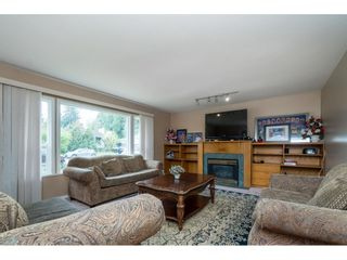 """Photo 2: 33329 RAINBOW Avenue in Abbotsford: Abbotsford West House for sale in """"Hoon Park"""" : MLS®# R2452789"""