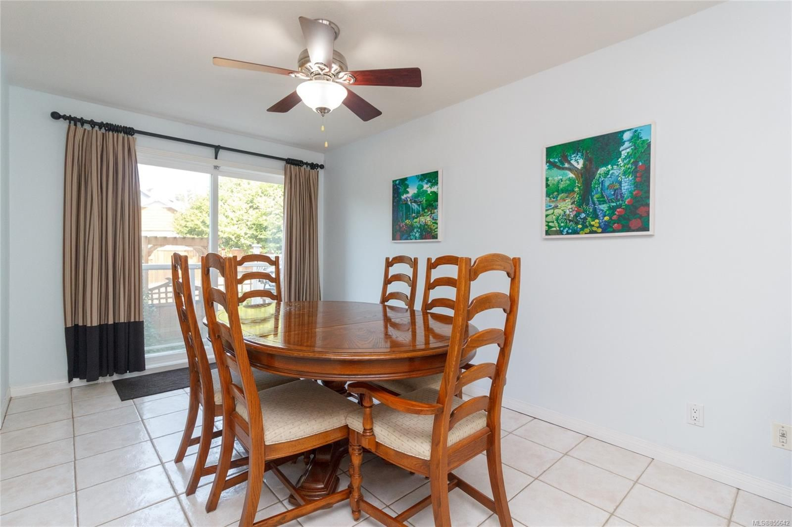 Photo 8: Photos: 52 14 Erskine Lane in : VR Hospital Row/Townhouse for sale (View Royal)  : MLS®# 855642