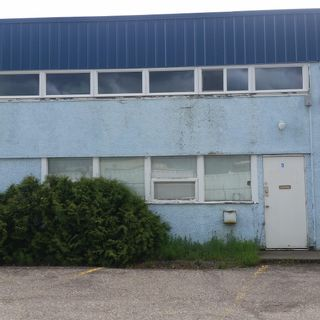 Photo 1: 9 1989 1ST Avenue in Prince George: Downtown PG Industrial for sale (PG City Central (Zone 72))  : MLS®# C8039755