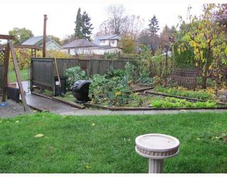 Photo 3: 316 SIMPSON Street in New Westminster: Sapperton House for sale : MLS®# V797958