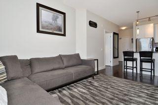 Photo 4: 402 12409 HARRIS Road in Pitt Meadows: Mid Meadows Condo for sale : MLS®# R2392566