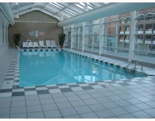 """Photo 8: 2103 438 SEYMOUR Street in Vancouver: Downtown VW Condo for sale in """"CONFERENCE PLAZA"""" (Vancouver West)  : MLS®# V813735"""