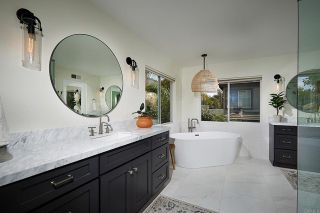 Photo 13: House for sale : 4 bedrooms : 7902 Vista Palma in Carlsbad
