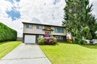 Photo 1: 26866 32A AVENUE in Langley: Aldergrove Langley House for sale : MLS®# R2474025