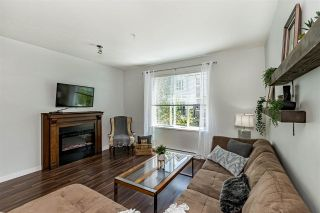 """Photo 8: 70 3010 RIVERBEND Drive in Coquitlam: Coquitlam East Townhouse for sale in """"WESTWOOD"""" : MLS®# R2581302"""