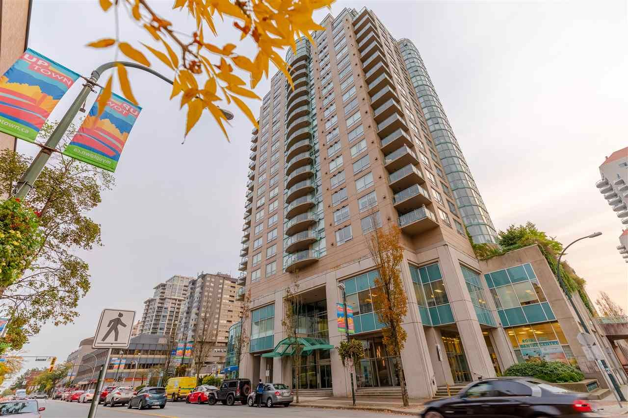 """Main Photo: 907 612 SIXTH Street in New Westminster: Uptown NW Condo for sale in """"The Woodward"""" : MLS®# R2505938"""
