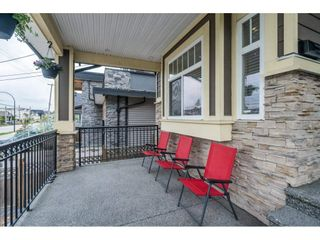 Photo 2: 1320 EWEN Avenue in New Westminster: Queensborough House for sale : MLS®# R2572551