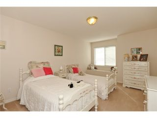 """Photo 9: 25 998 RIVERSIDE Drive in Port Coquitlam: Riverwood Townhouse for sale in """"PARKSIDE PLACE"""" : MLS®# V938950"""