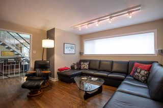 Photo 3: 875 Queenston Bay in Winnipeg: River Heights Residential for sale (1D)  : MLS®# 202109413