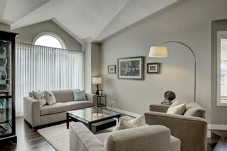 Photo 3: 193 Woodford Close SW in Calgary: Woodbine Detached for sale : MLS®# A1108803