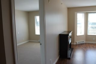 """Photo 10: 413 5438 198TH Street in Langley: Langley City Condo for sale in """"CREEKSIDE ESTATES"""" : MLS®# R2051505"""