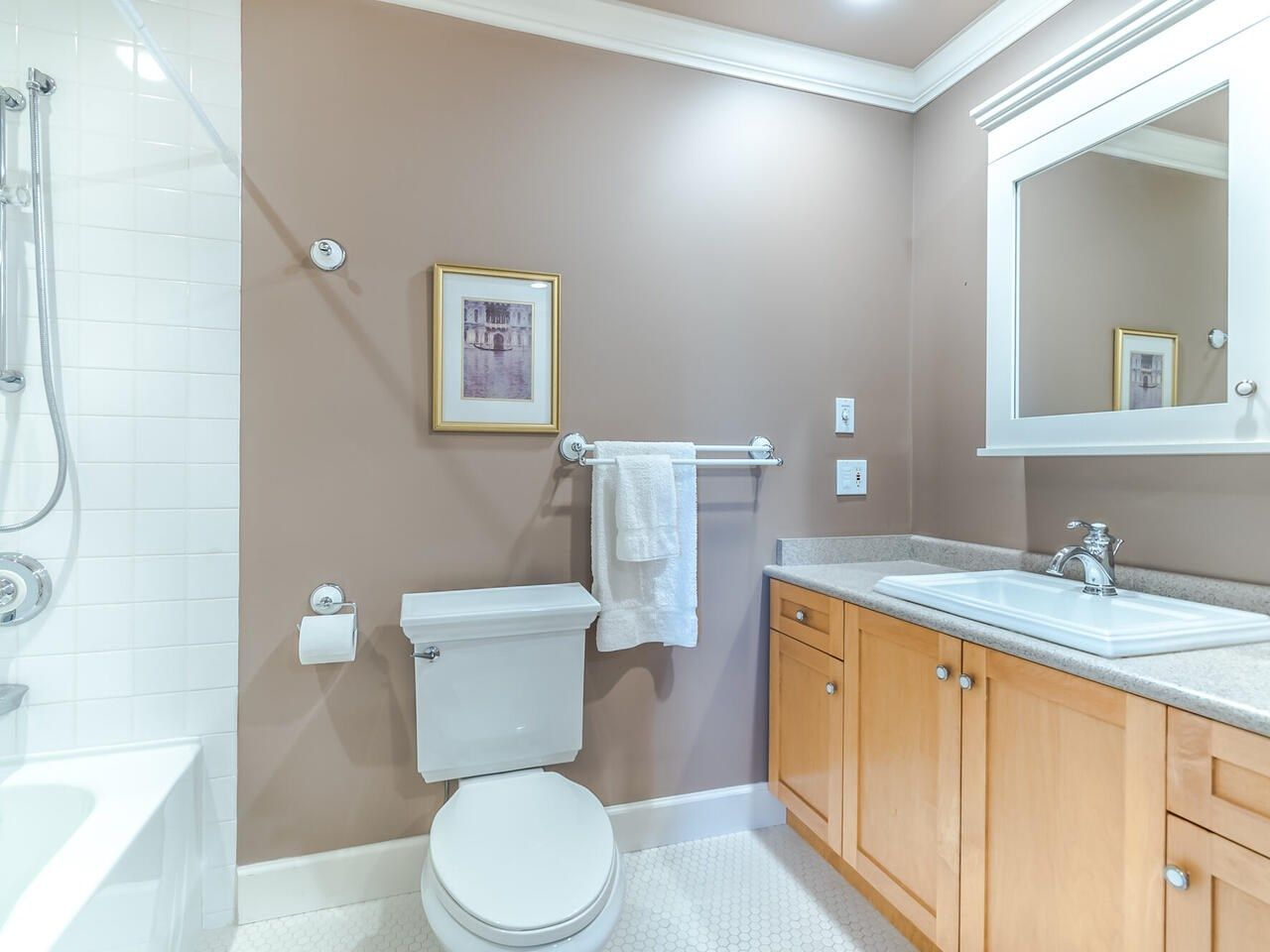 Photo 34: Photos: 905 LAUREL Street in New Westminster: The Heights NW House for sale : MLS®# R2570711