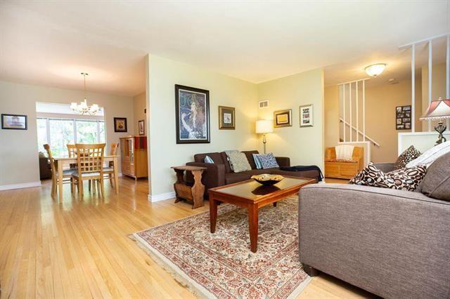 Photo 5: Photos: 104 Glenlawn Avenue in Winnipeg: Elm Park Residential for sale (2C)  : MLS®# 1916552
