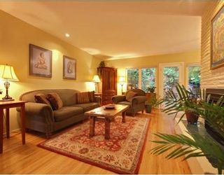 Photo 2: 1350 GREENBRIAR Way in North Vancouver: Home for sale : MLS®# V798599