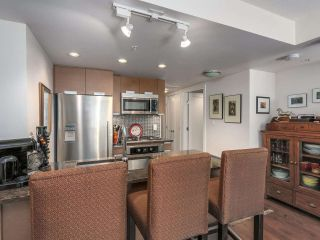 """Photo 11: 375 2080 W BROADWAY in Vancouver: Kitsilano Condo for sale in """"PINNACLE LIVING ON BROADWAY"""" (Vancouver West)  : MLS®# R2211453"""