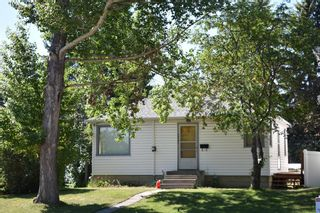 Main Photo: 7315 36 Avenue NW in Calgary: Bowness Detached for sale : MLS®# A1123343