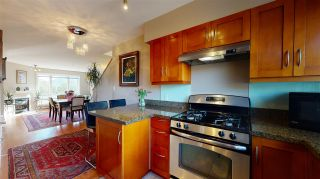 """Photo 10: 4 1261 MAIN Street in Squamish: Downtown SQ Townhouse for sale in """"SKYE - COASTAL VILLAGE"""" : MLS®# R2457475"""
