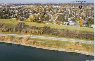 Photo 2: 313 La Ronge Road in Saskatoon: River Heights SA Residential for sale : MLS®# SK859361