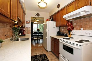 "Photo 9: 211 5191 203 Street in Langley: Langley City Condo for sale in ""LONGLEA ESTATE"" : MLS®# R2102105"