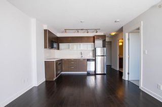 """Photo 2: 2002 10777 UNIVERSITY Drive in Surrey: Whalley Condo for sale in """"CITY POINT"""" (North Surrey)  : MLS®# R2595806"""