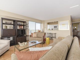 """Photo 3: 606 6076 TISDALL Street in Vancouver: Oakridge VW Condo for sale in """"Mansion House Co Op"""" (Vancouver West)  : MLS®# V1117601"""