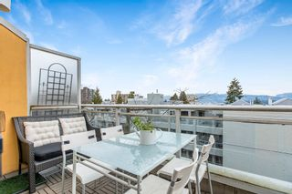 """Photo 1: 422 2255 W 4TH Avenue in Vancouver: Kitsilano Condo for sale in """"THE CAPERS BUILDING"""" (Vancouver West)  : MLS®# R2565232"""