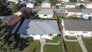 Photo 7: 3127 Rae Crescent SE in Calgary: Albert Park/Radisson Heights Detached for sale : MLS®# A1143749