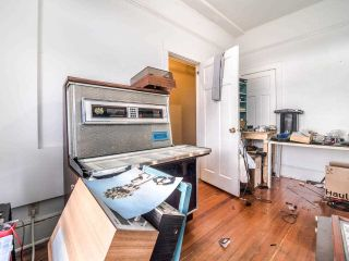 """Photo 16: 405 175 E BROADWAY in Vancouver: Mount Pleasant VE Condo for sale in """"Lee Building"""" (Vancouver East)  : MLS®# R2559841"""