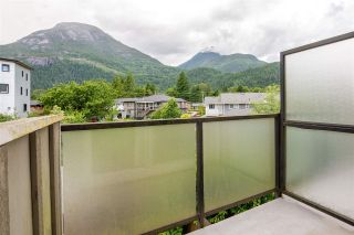 """Photo 12: 18 39752 GOVERNMENT Road in Squamish: Northyards Townhouse for sale in """"MOUNTAINVIEW MANR"""" : MLS®# R2593679"""