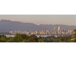 "Photo 3: 4216 W 8TH Avenue in Vancouver: Point Grey House for sale in ""POINT GREY"" (Vancouver West)  : MLS®# V1125944"