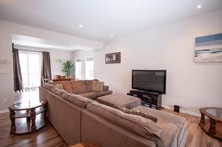 Photo 2: 254 Grassie Boulevard in Winnipeg: All Season Estates Residential for sale (3H)  : MLS®# 1900496