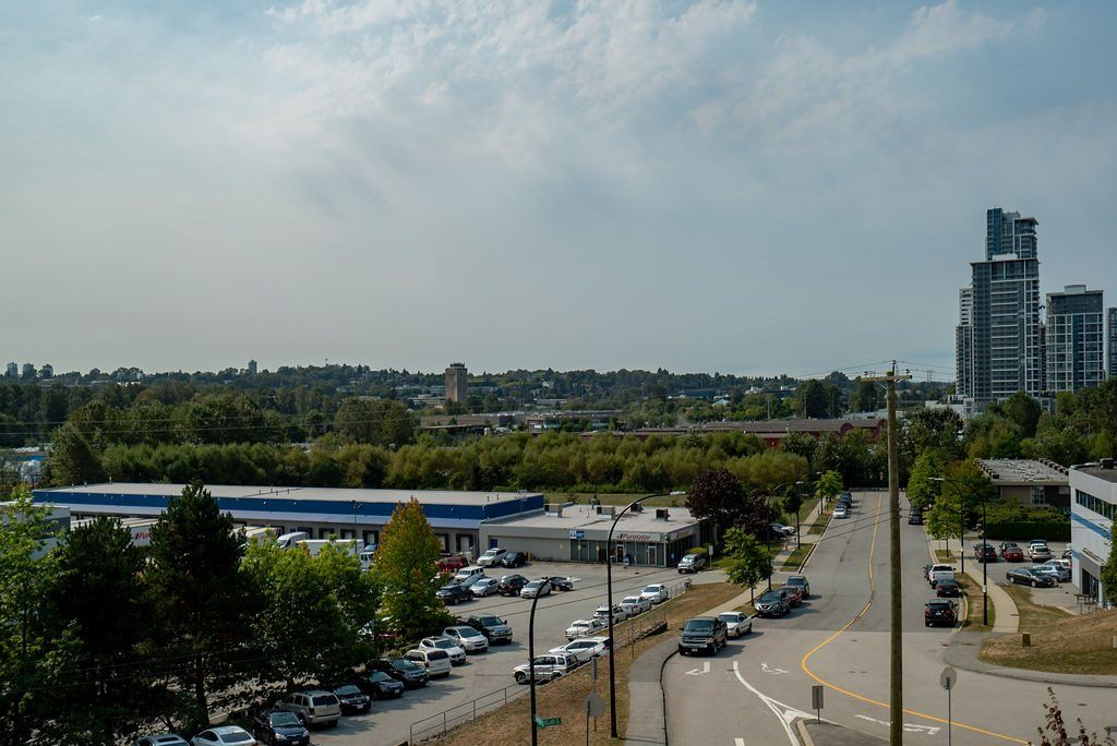 Photo 21: Photos: 402 2232 DOUGLAS ROAD in Burnaby: Brentwood Park Condo for sale (Burnaby North)  : MLS®# R2495564