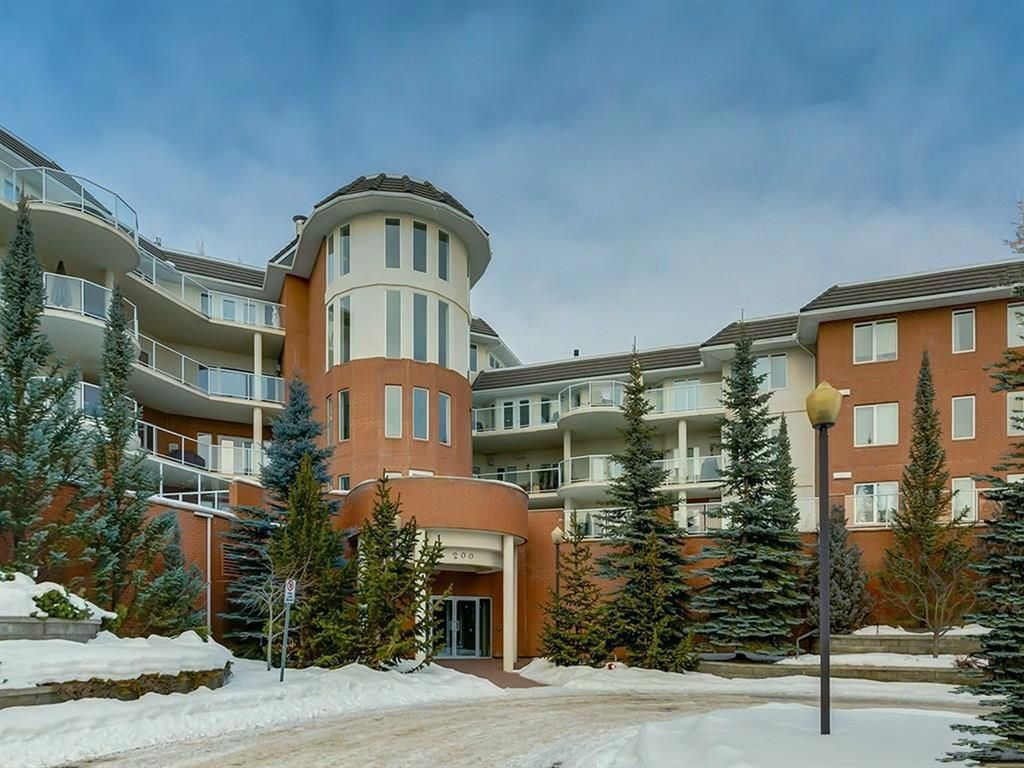 Main Photo: 107 200 Patina Court SW in Calgary: Patterson Apartment for sale : MLS®# A1067548